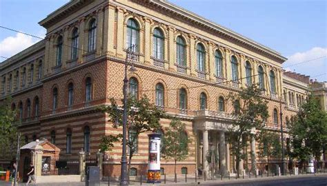 37% of Hungarian university students plan to emigrate