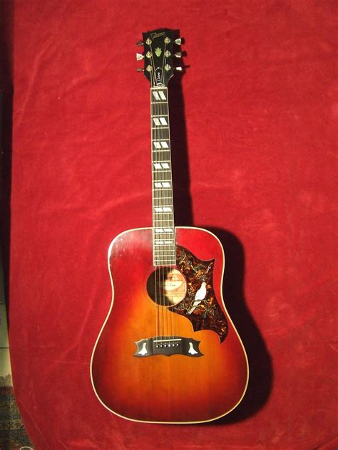 Gibson Dove 1982 Guitar For Sale Old Hat Guitars