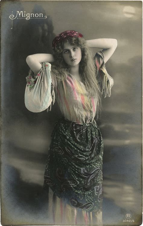 Vintage Gypsy Postcard Image - Beauty! - The Graphics Fairy